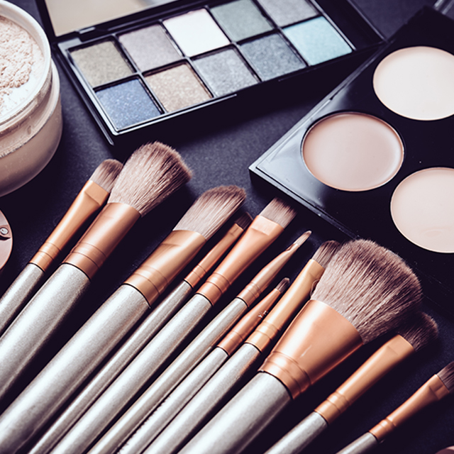 Does makeup age your skin
